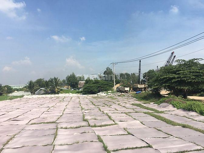 Hình ảnh Bán đất mặt tiền 2700m2 đất thổ cư Xã Tân Hiệp huyện HÓC MÔN .