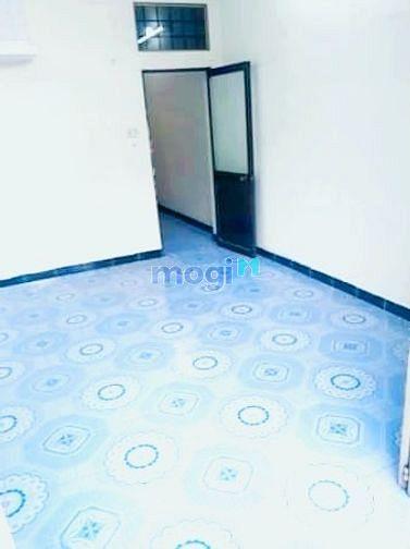 Hình ảnh Cho Thuê Phòng Q3.18m2 giá 2tr6 và 2tr8.nội thất cơ bản.thoáng mát.